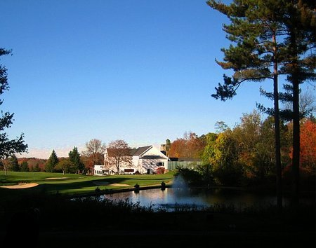 Quaker Hill Golf Club Clubhouse