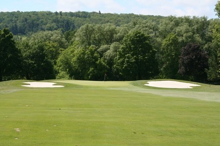 Seven Oaks Golf Club